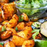 Španski krompir s pečeno koruzo