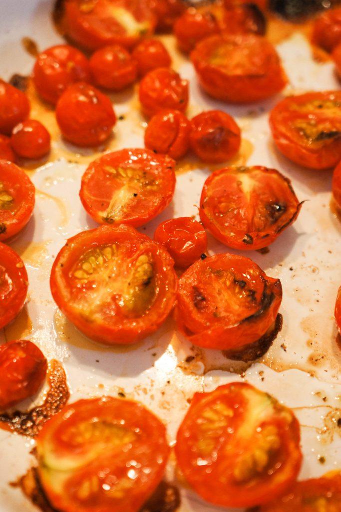 Polnozrnati peresniki s pečeno zelenjavo