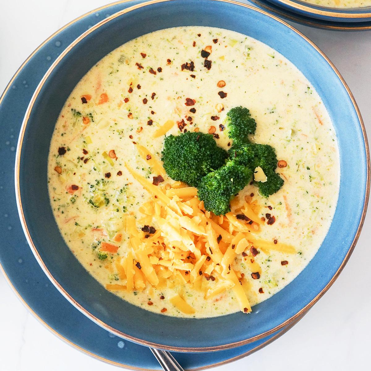 Odlična brokolijeva juha s sirom