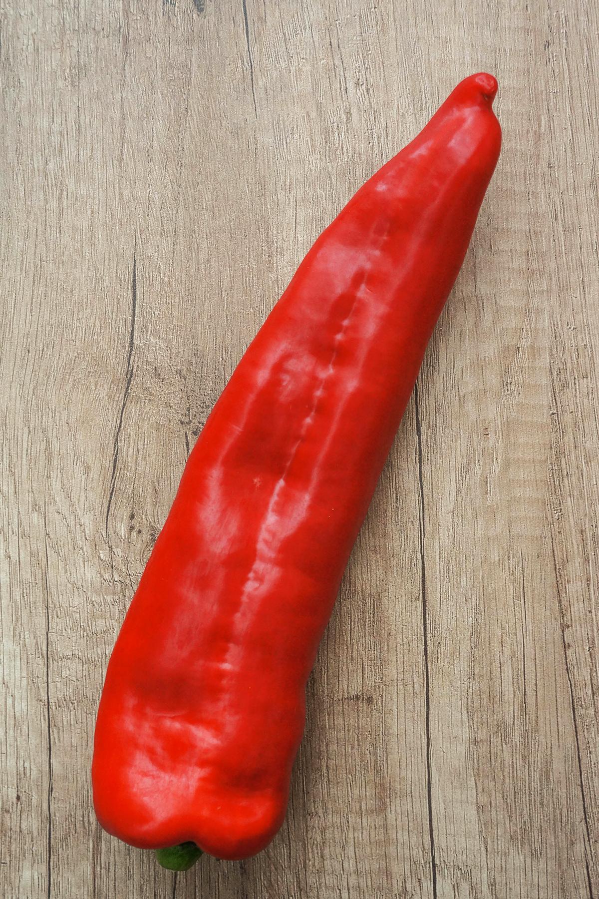 Čičerikin čili s papriko in rdečo kvinojo
