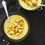Cvetačno-sirova juha s krutoni