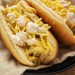 Hot dog s kislim zeljem