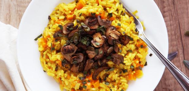 Rižota z rumeno bučo in gobami