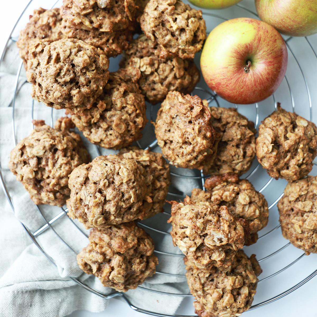 Jabolčno-ovseni piškoti