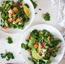 Kvinojina solata s pečenim sladkim krompirjem