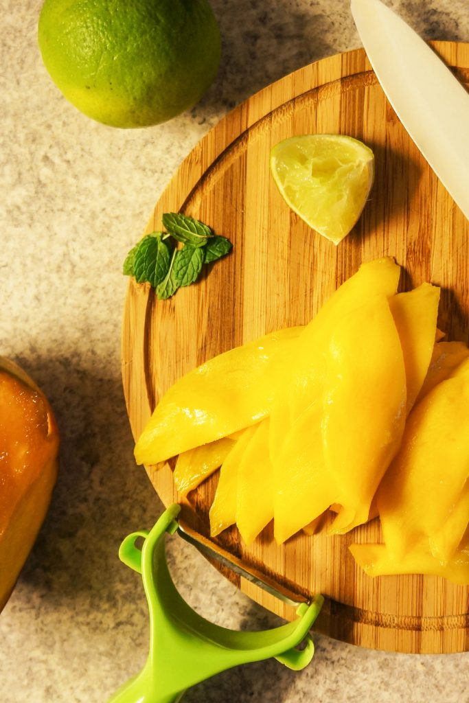 Mangov suši s kokosovim rižem