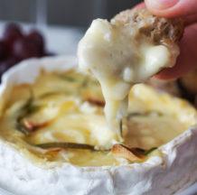 Pečen camembert s krutoni