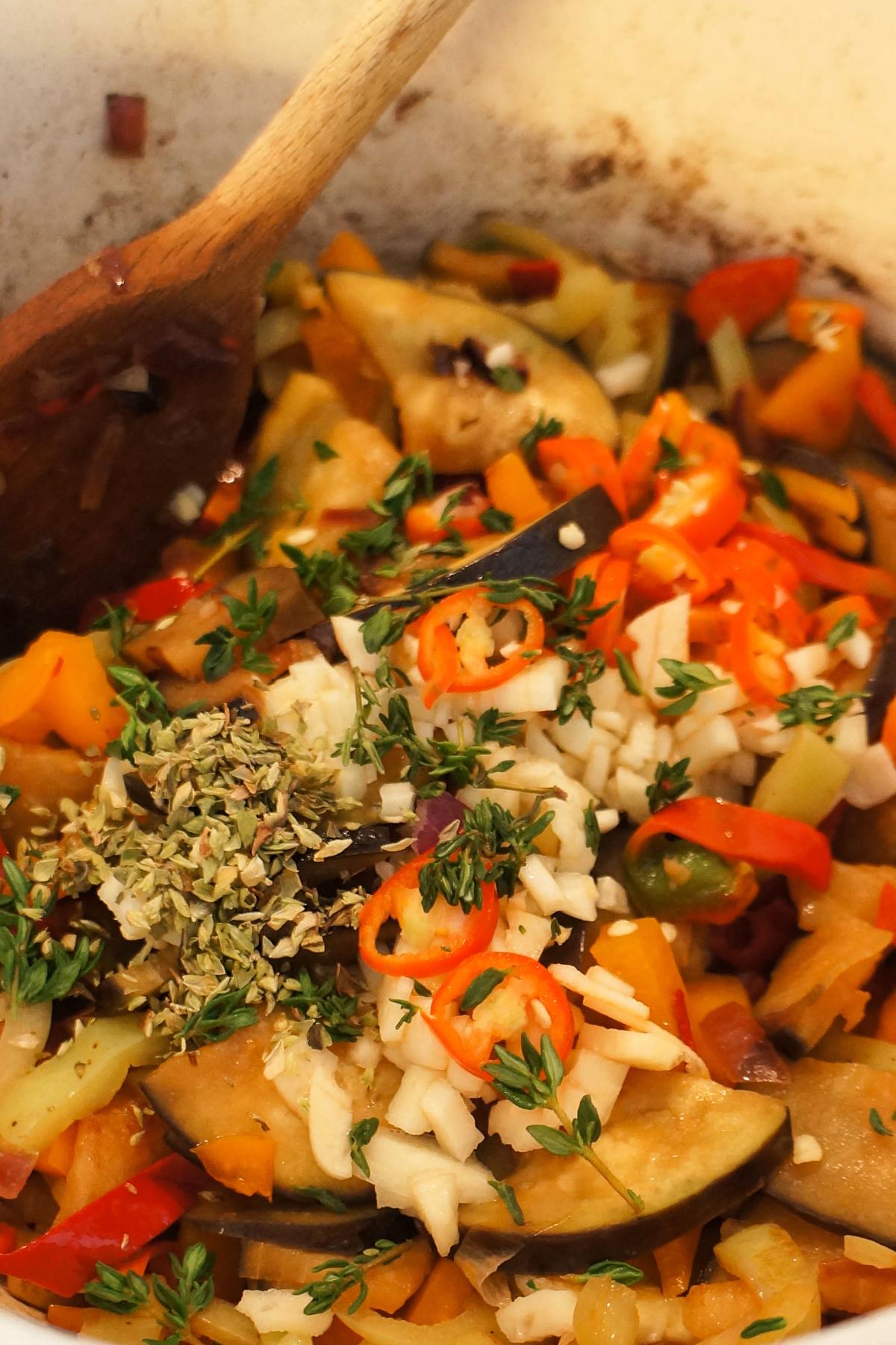 Pečenice v papričini omaki
