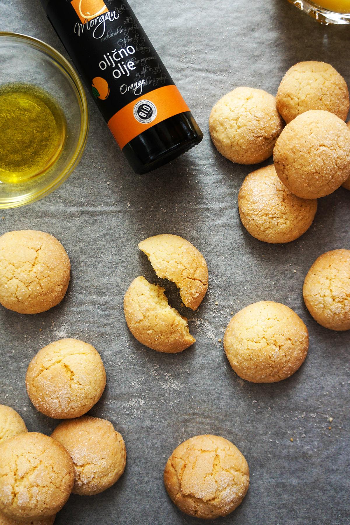 Pomarančni olivni piškotki