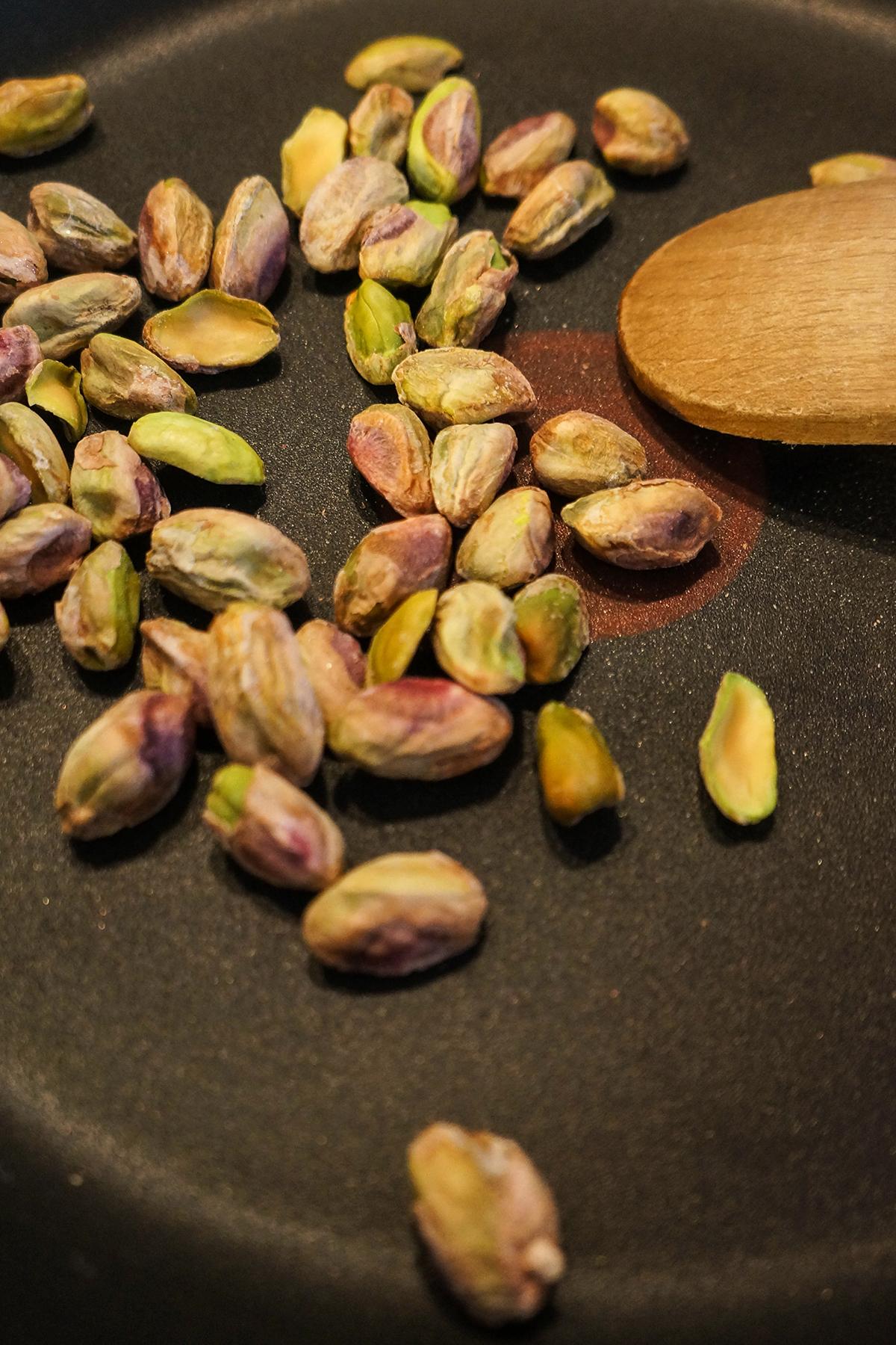 Pesto iz rukole in pistacij