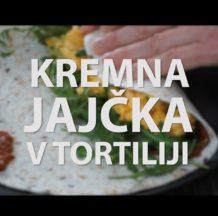 ČE NE VIDIŠ FOKTE, KLIKNI SEM (foto: izsek iz video recepta Kremna jajčka s sirom v tortiliji z rukolo in paradižnikovim namazom)