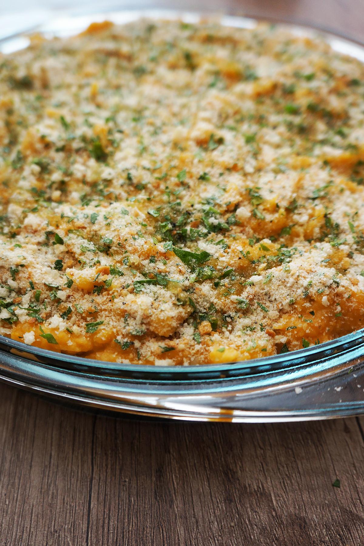 Zelenjavna pita s krompirjevim pokrovom